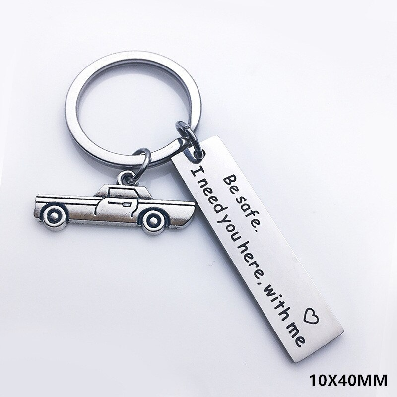 Gift for Girlfriend Boyfriend Souvenir Keychain Present Valentines Day Gift Wedding Gifts for Guests Bridesmaid Gift Party Favor