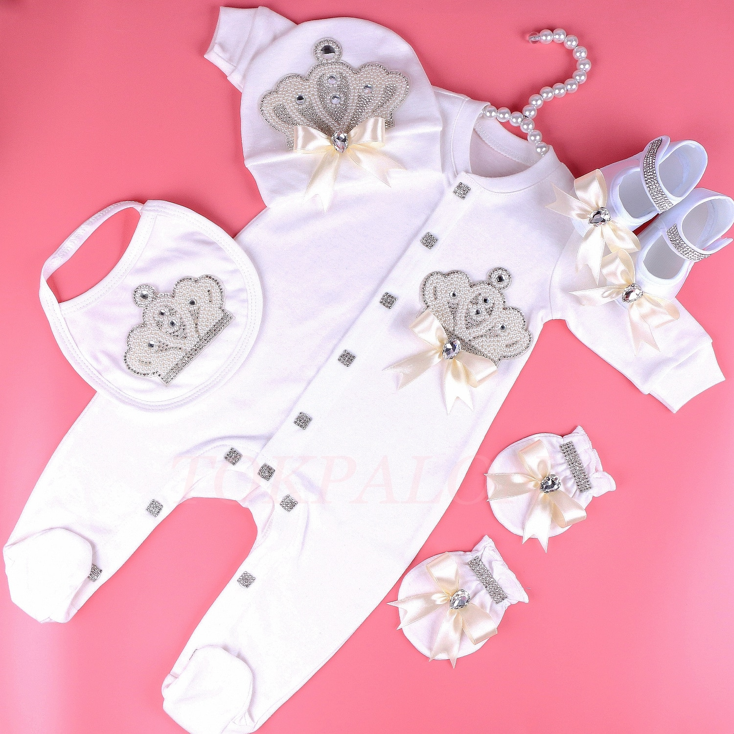 0-6 month baby girl clothes princess pearl crown with bow newborn Infant baby bodysuit Pajamas Outfit 2020 Baby Clothes Gift New